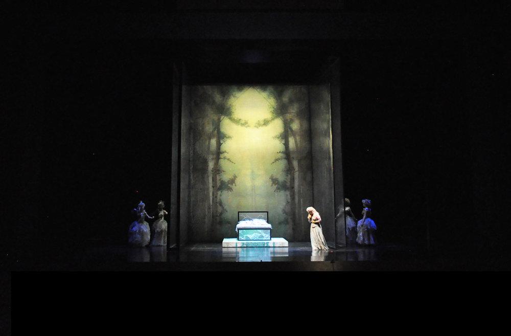 la_traviata_21.jpg