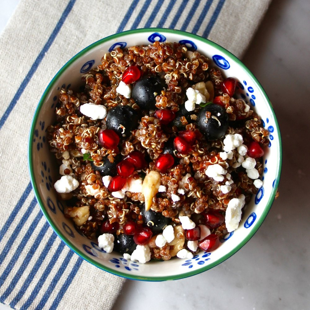 Quinoa Salad with Blueberries, Walnuts and Goat Cheese