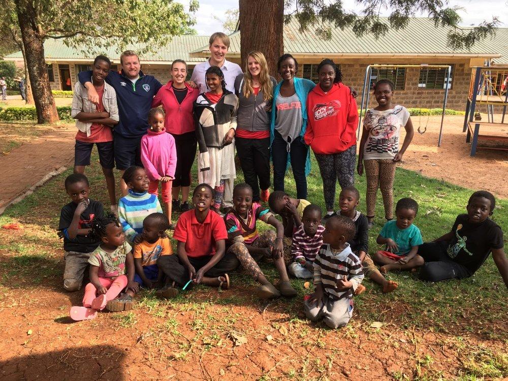 Volunteering - orphanage - Kidogo Adventure