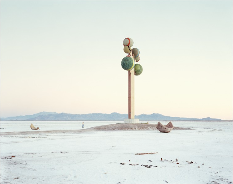 Monument, Utah, USA, 1995 (2013) - 51 x 61 cm (20 x 24 in), signed edition of 100Archival pigment print on Hahnemühle photorag 308$2250