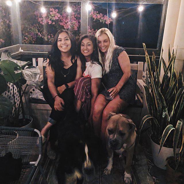 Reunited with my favorite Laguna girls & pups 🌴✨