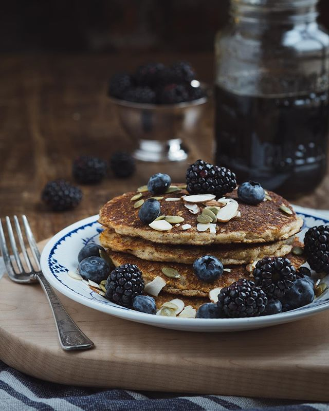 Almond griddle cakes are on the blog. Check out the link in our bio!