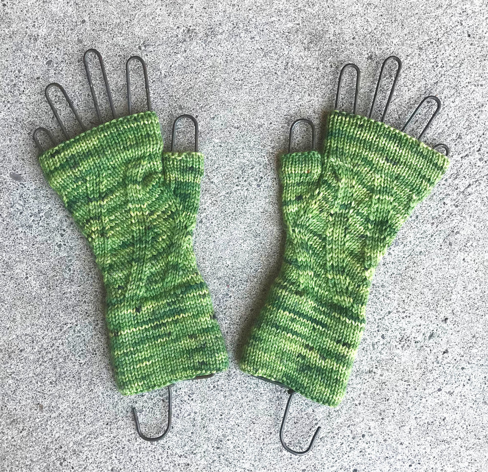 Ahlie Fingerless Mitts