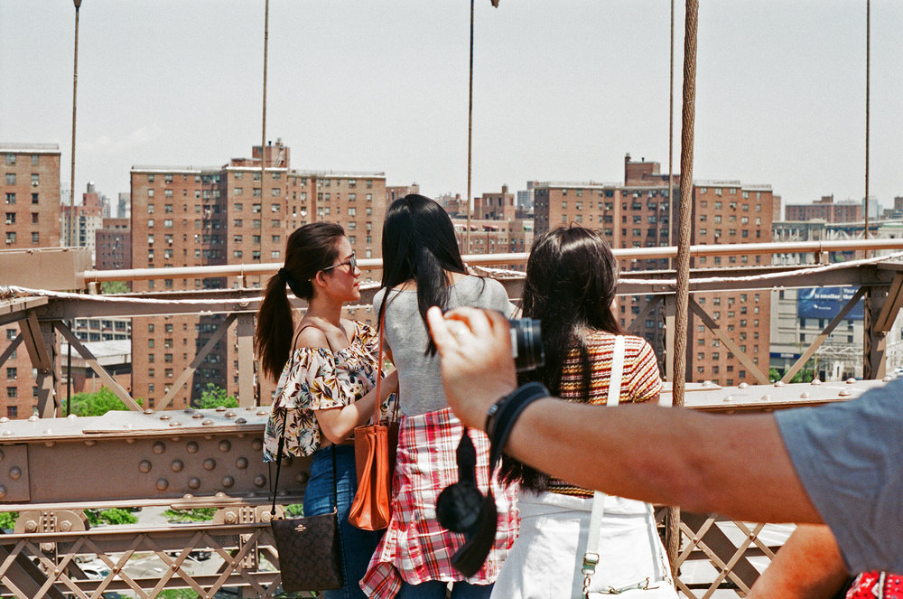 Brooklyn Bridge - Girls Take Pic.jpg