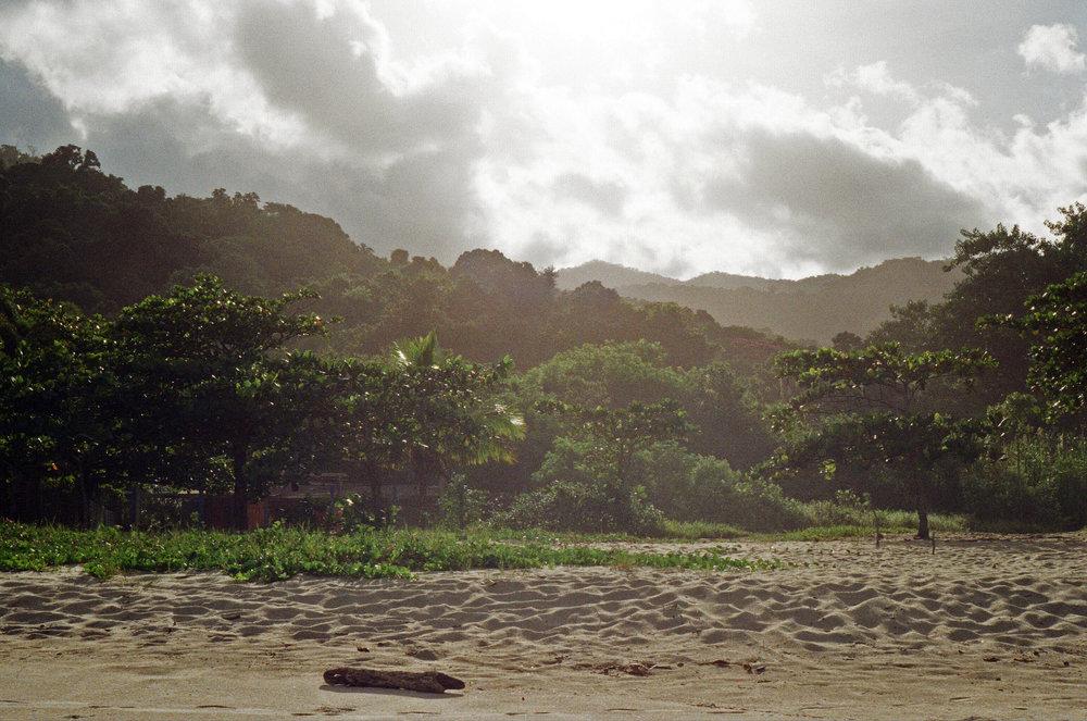 Ilhabella Beach 7.jpg