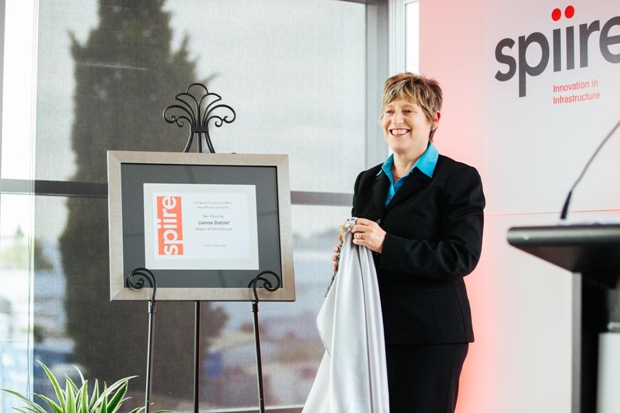 13 Mayor Lianne Dalziel opens the office.JPG