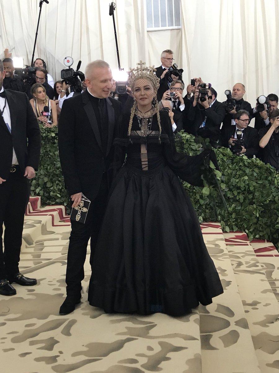 Madonna-Met-Gala-18.jpg