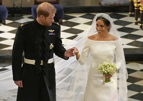 hbz-prince-harry-meghan-markle-wedding-ceremony-gettyimages-960132524-1526754739.jpg