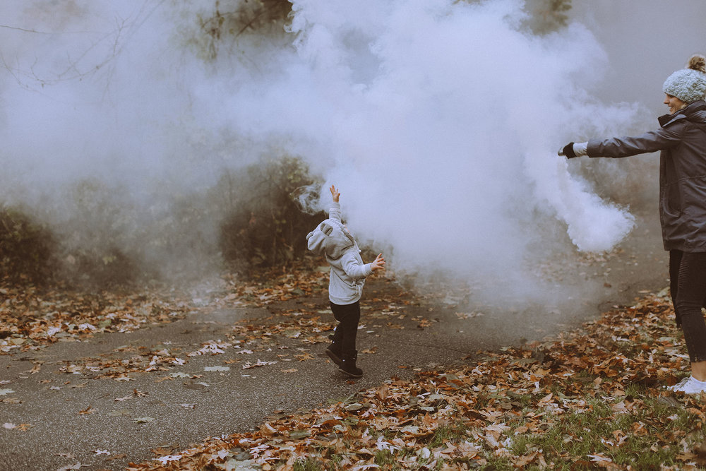 17_11_17SmokeBomb28.jpg