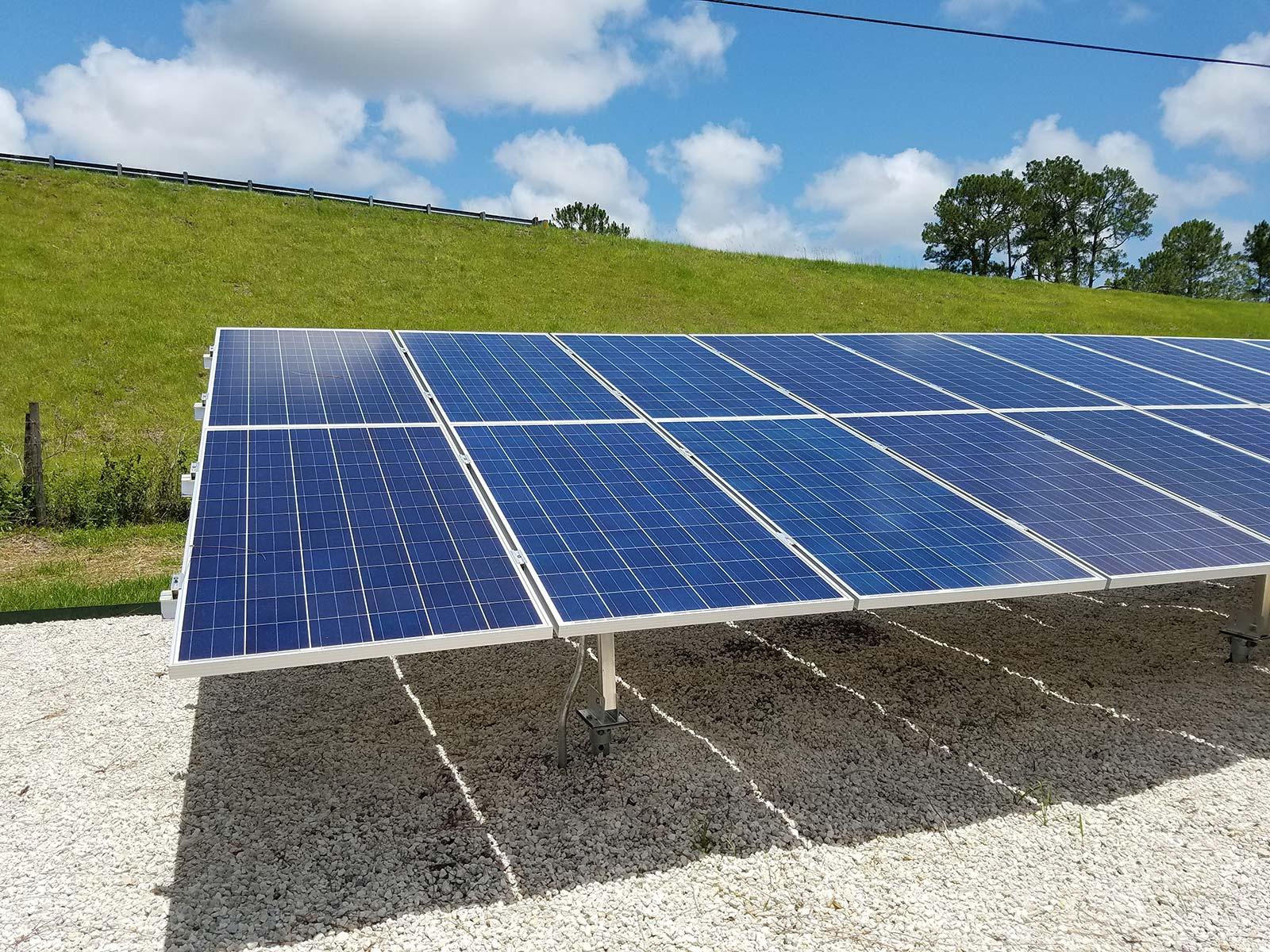 Ground Mount Vs. Roof Mount Solar Panels: Understanding 6 Differences