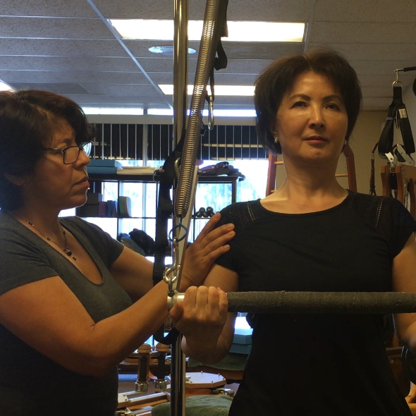 Without a doubt, the most effective way to begin exploring and understanding GYROTONIC®or Pilates exercise systems is one-on-one private sessions.