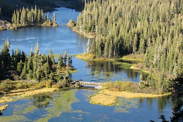 Mammoth Lakes in California is a popular ski area during winter, but slows down in summer for boating and hiking in the warmer weather.