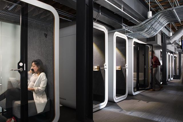 Need a private space for that business call? We got you 👌🏼 #comercialoffice #phonebooth #privatecall #downtown #sf #business #financialdistrict @studiomunroe @kuohphotographyinteriors @jennifertulleyarchitects