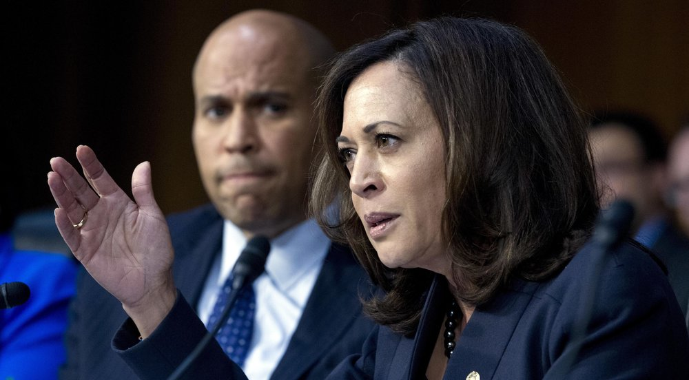 Senators Cory Booker (D-NJ) and Kamala Harris (D-California) at a Senate Judiciary Committee hearing in January ( source )