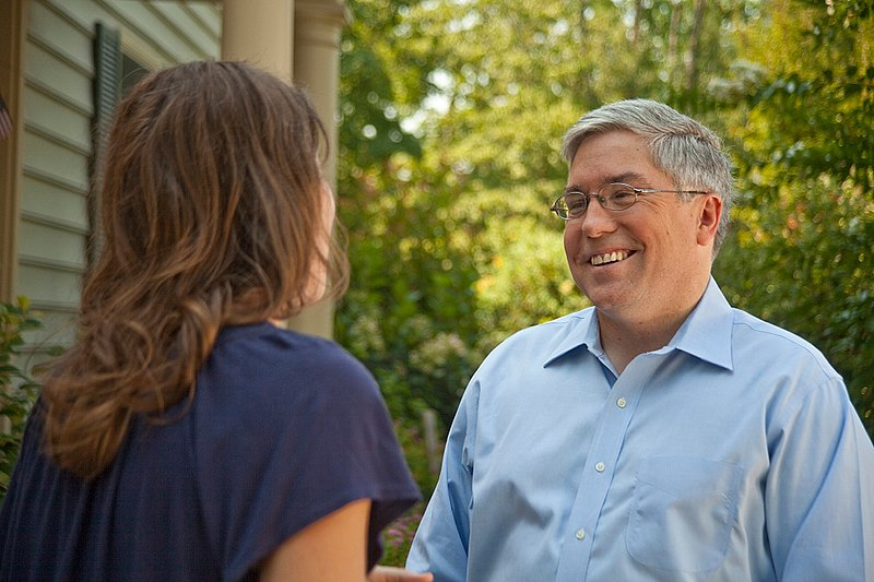 Patrick Morrisey campaigning in January of 2018 ( source )