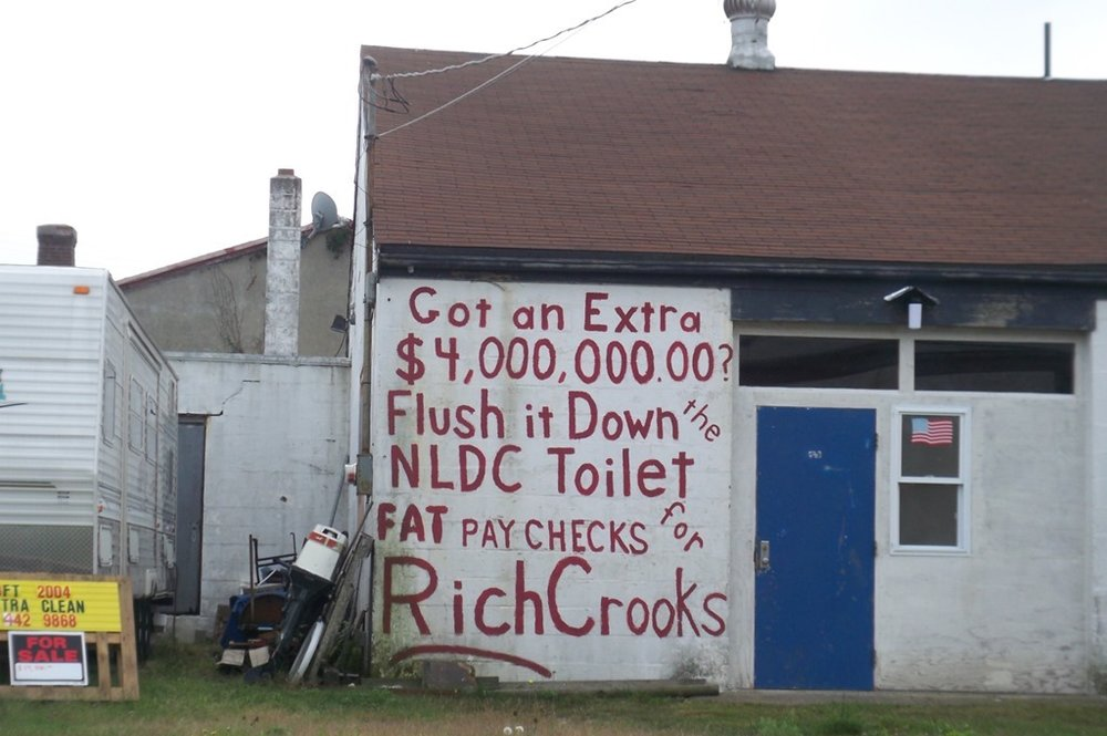 A message painted on the side of a home in New London, Connecticut — the town at the center of the  Kelo v. City of New London  case ( Image )