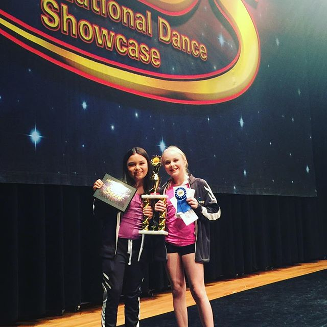 Amazing job to our junior jazz duet with 1st place overall Judges Special Award: Perfect Pas De Deux Also Big congratulations on being awarded Star National Champion!