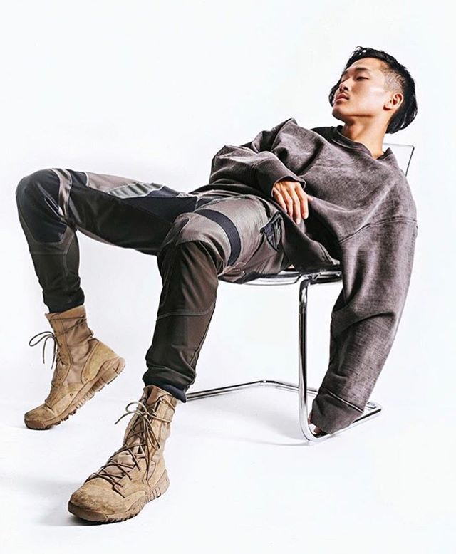 Representing @antmvh1's @justindkim in Korea 🇰🇷 Justin has worked with various fashion brands such as @kennethcole @adidas @nike @lululemon @hm and many more 🔥🔥. #americasnexttopmodel . .  For booking inquires contact judykim@jkment.com. . . . . . #modellife #model #internationalmodel #koreanmodel #photography  #photographer #director #모델 #kennethcole #adidas #nike #malemodel #agency #modelingagency #instamood #instamodel #instadaily #데일리 #데일리록 #ootd #fashionmodel #일상 #뷰티 #촬영 #촬영끝 #vsco #photooftheday #antm #koreanfashion