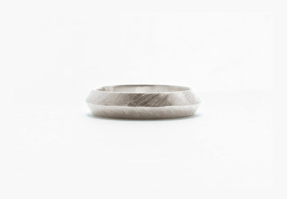 Christine Vasan | Knife Edge Ring in White Gold