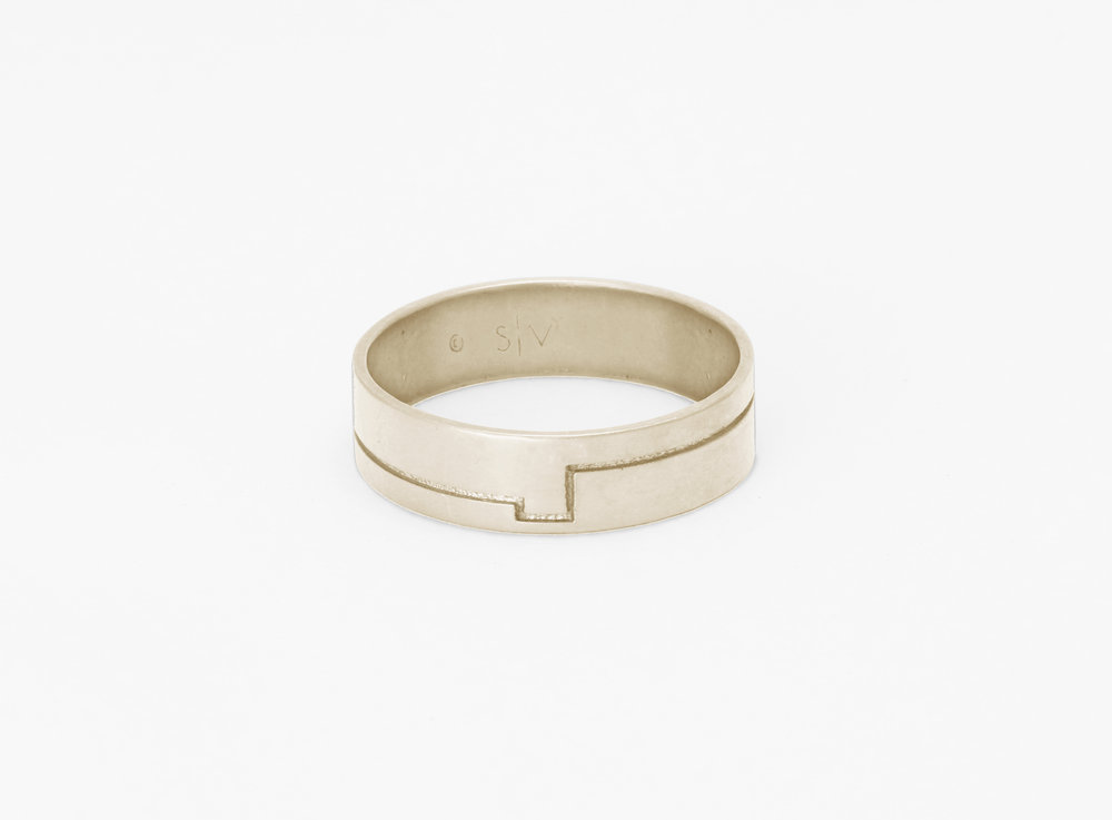 Christine Vasan | Carlo Ring in White Gold