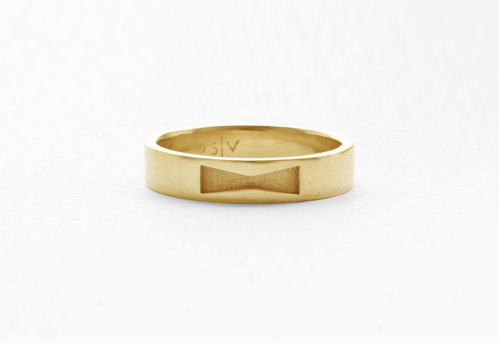 Christine Vasan | Bow Tie Band in Yellow Gold