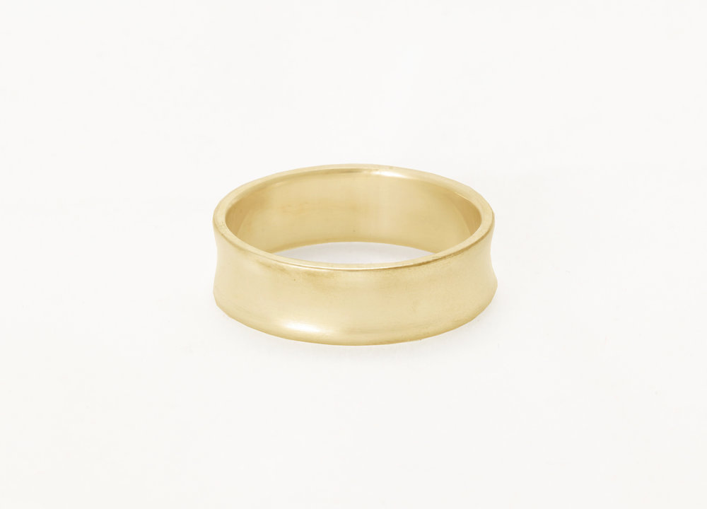 Christine Vasan | Concave Ring in Green Gold
