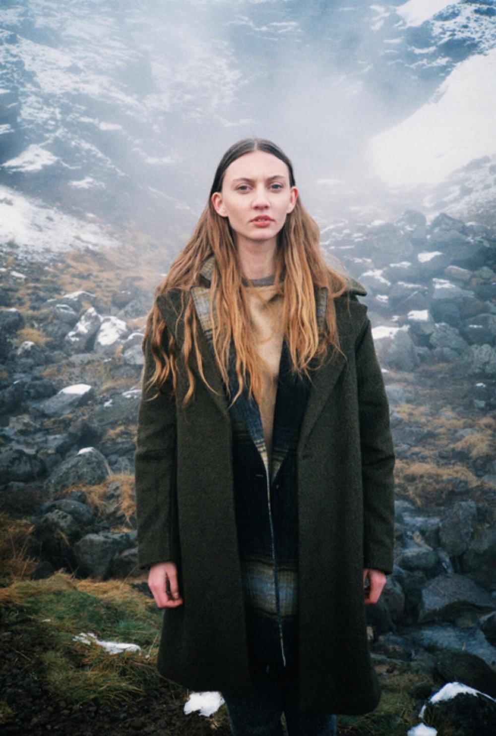 Katrin Braga, 414
