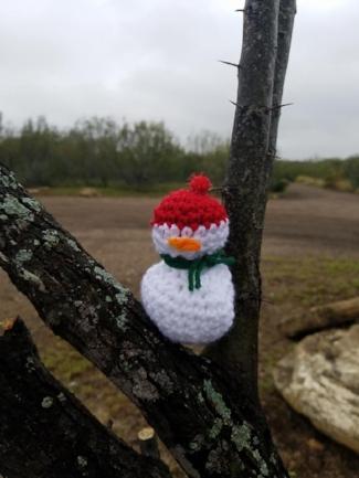 snowman yarnbomb.jpg