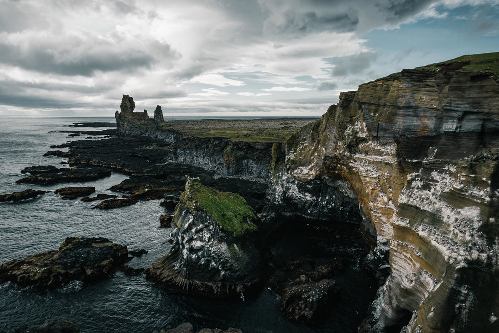 2016.07.09_Iceland_D7_Kirkjufell_ Londrangar-9078-Edit.jpg