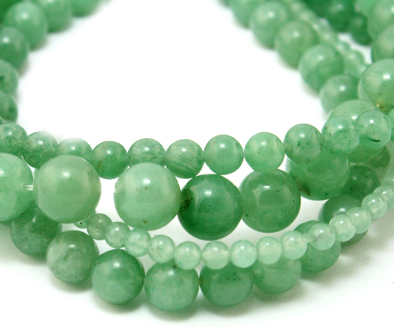 """Green Aventurine   Chakra: heart.Good for creativity,motivation, leadership, decisions, speed and fast reactions.Protects, calms, and soothes emotions.Aids in relaxation.Prevents """"energy vampires"""" from sapping energy for you."""