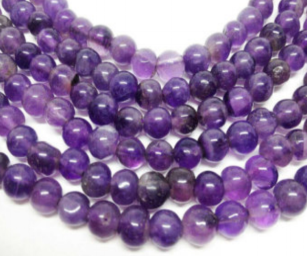 Amethyst   Chakra: crown.An extremely powerful and protective stone.Brings calming energy.Teaches us how to access and follow our intuition.Helps one feel focused and facilitates the decision making process.Enhances memory and improves motivation.Use amethyst to balance highs and lows and to promote emotional centering.
