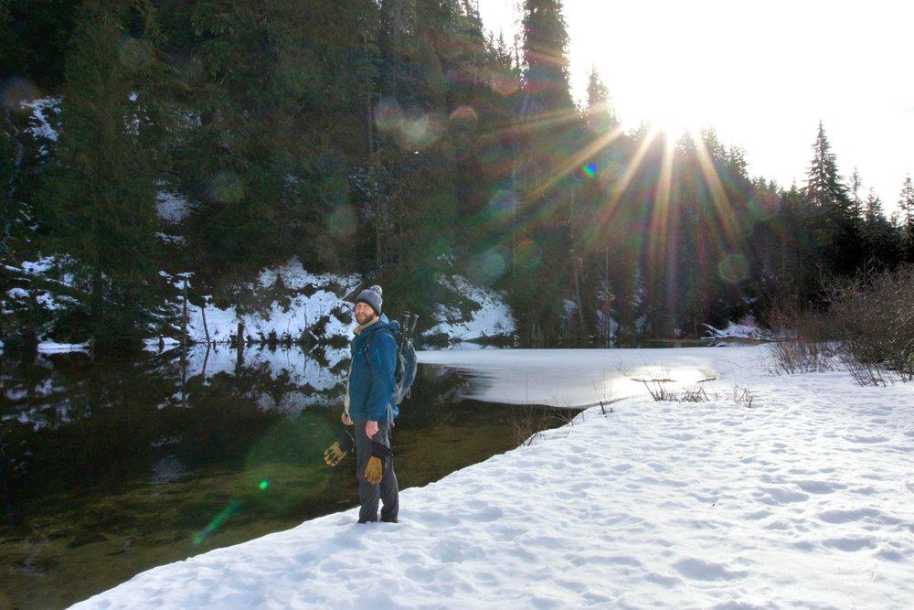 Hiking to June Lake, Washington