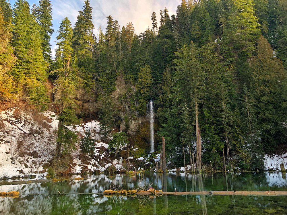 Hike to June Lake, Washington