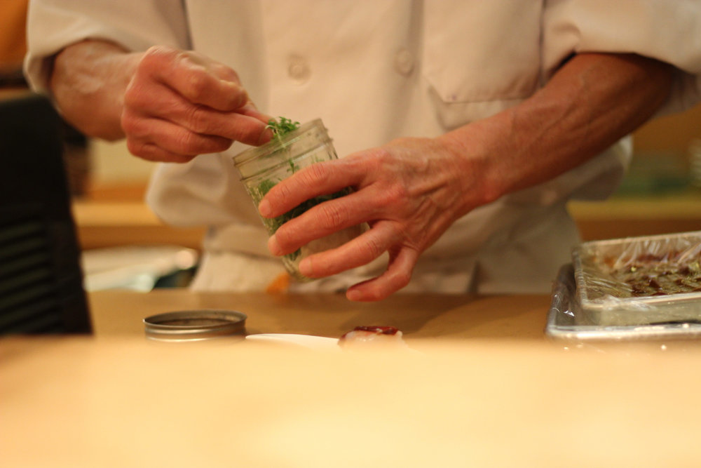 minoru-hands.jpg