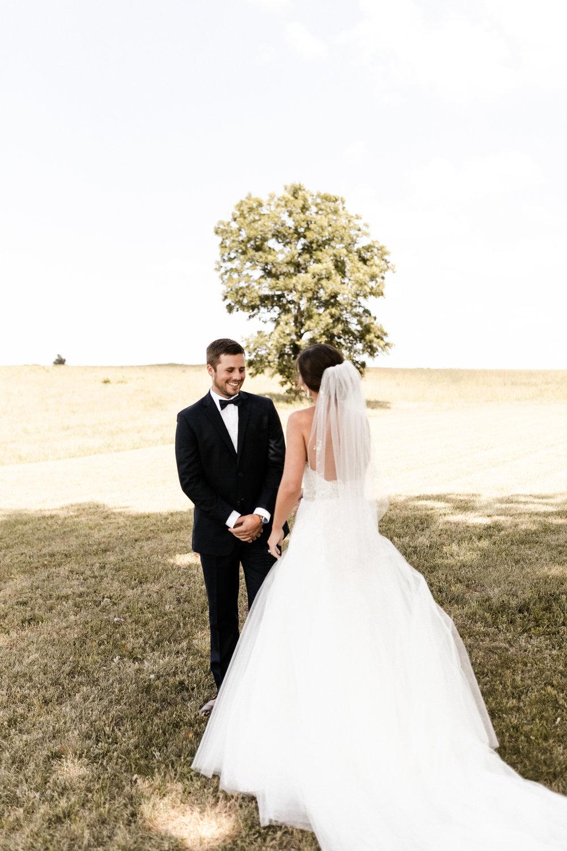 Mantle Wedding KHP80150.jpg
