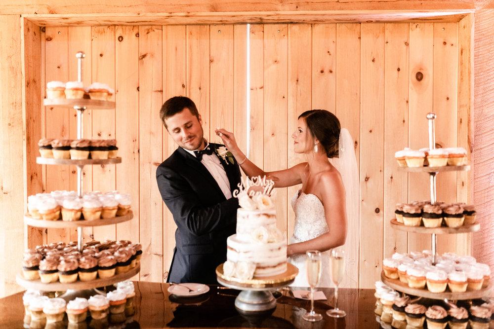 Mantle Wedding KHP81042.jpg