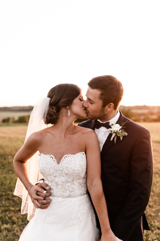 Mantle Wedding KHP81271.jpg