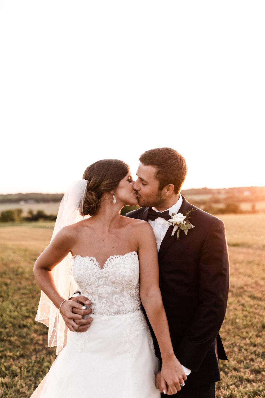 Mantle Wedding KHP81272.jpg