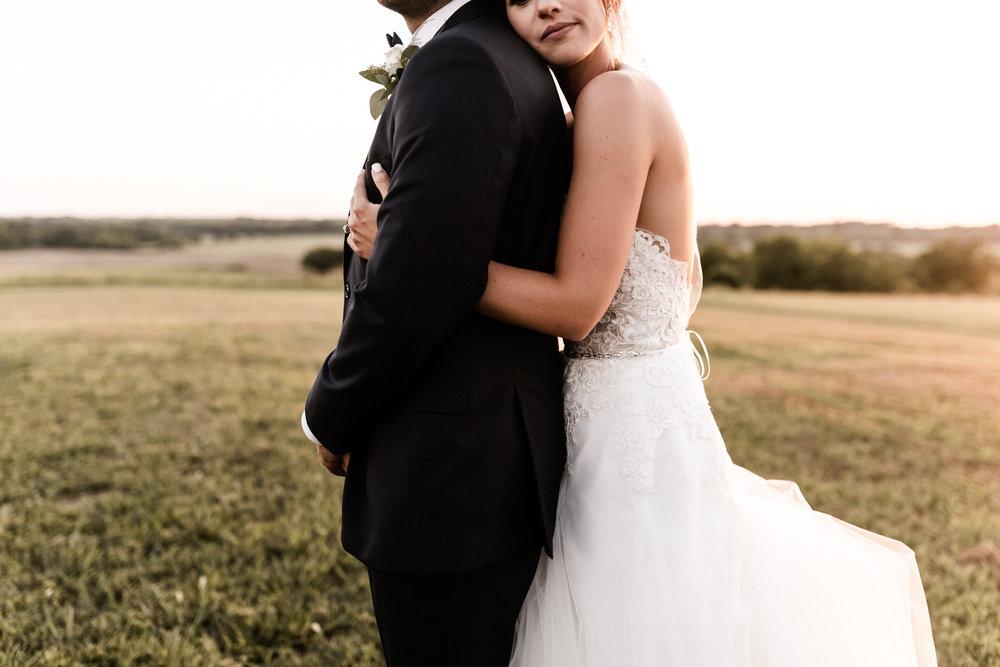 Mantle Wedding KHP81333.jpg