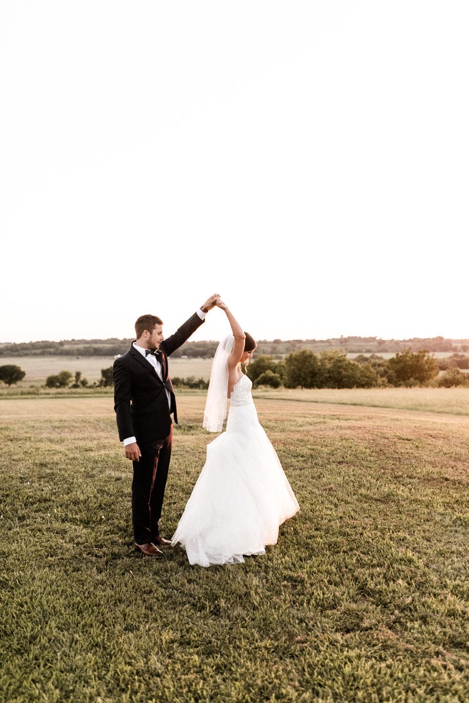 Mantle Wedding KHP81339.jpg