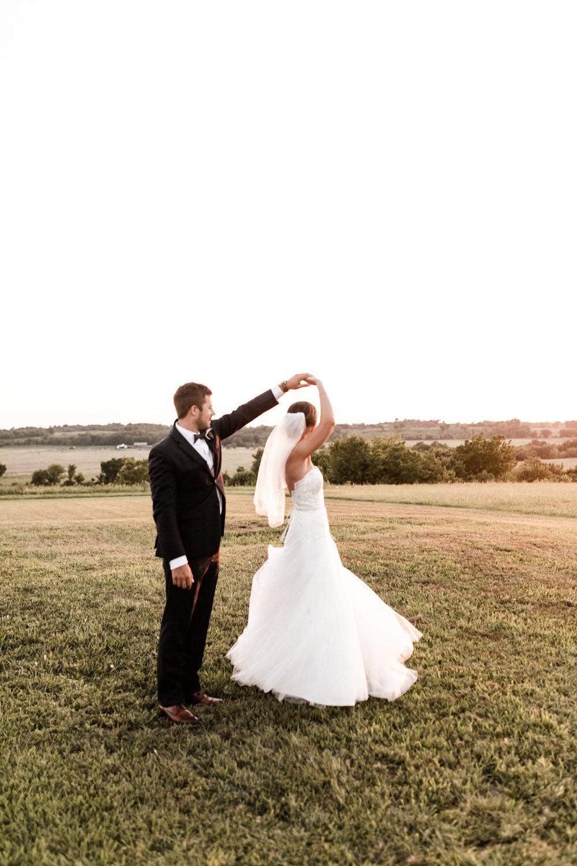 Mantle Wedding KHP81350.jpg