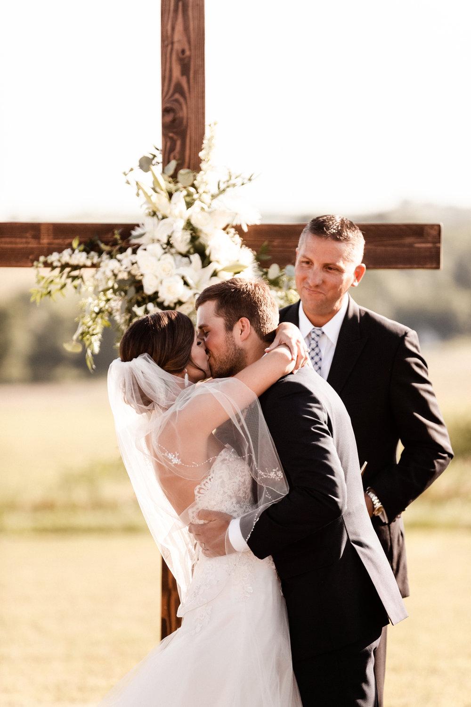 Mantle Wedding KHP82232.jpg
