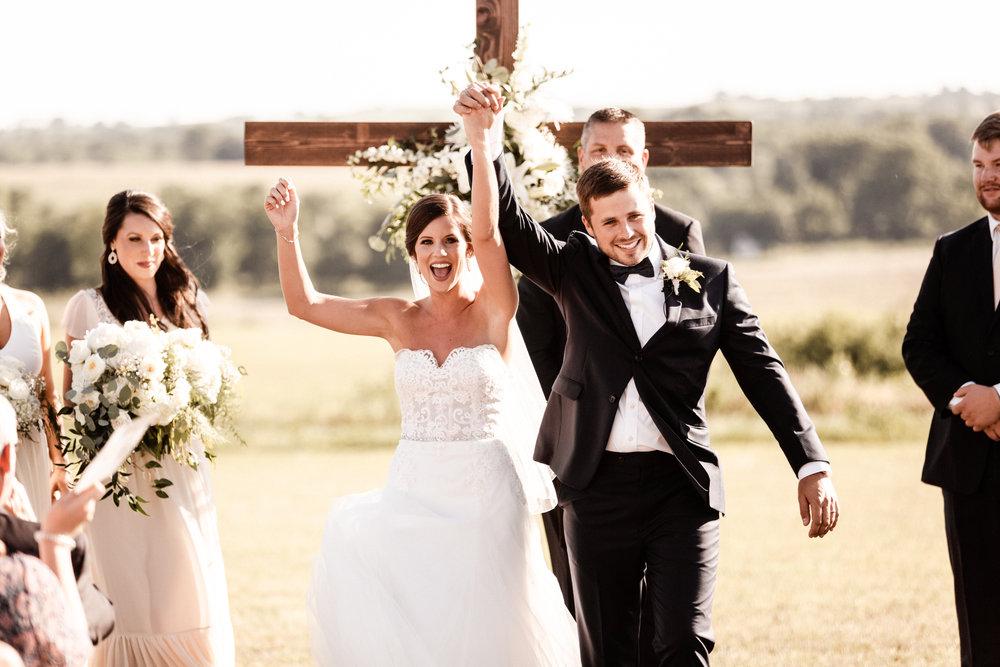 Mantle Wedding KHP82244.jpg