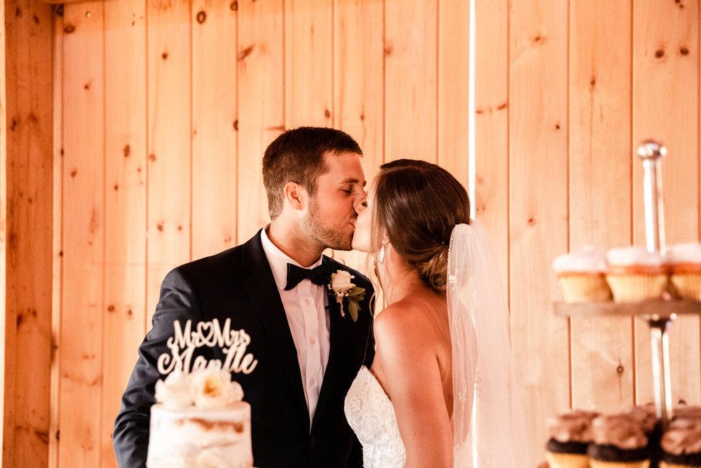 Mantle Wedding KHP82357.jpg