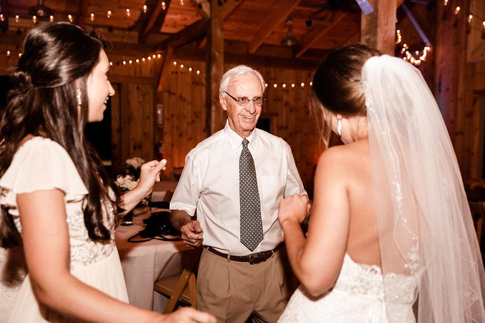 Mantle Wedding KHP82611.jpg