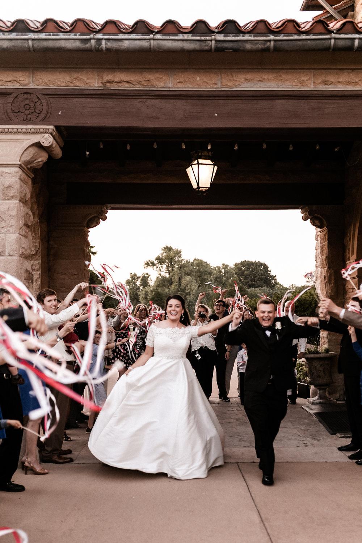 Yort Wedding KHP77109.jpg