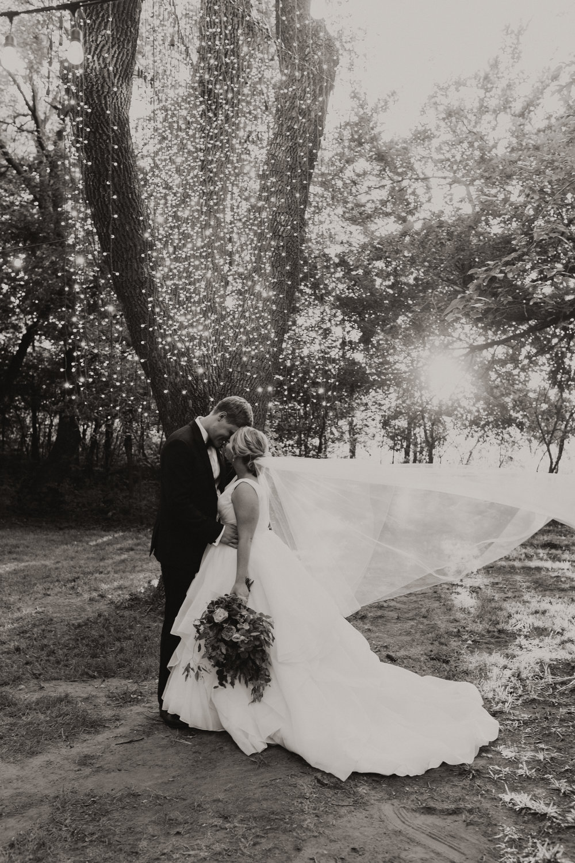 Wieder Wedding KHP86798-2.jpg