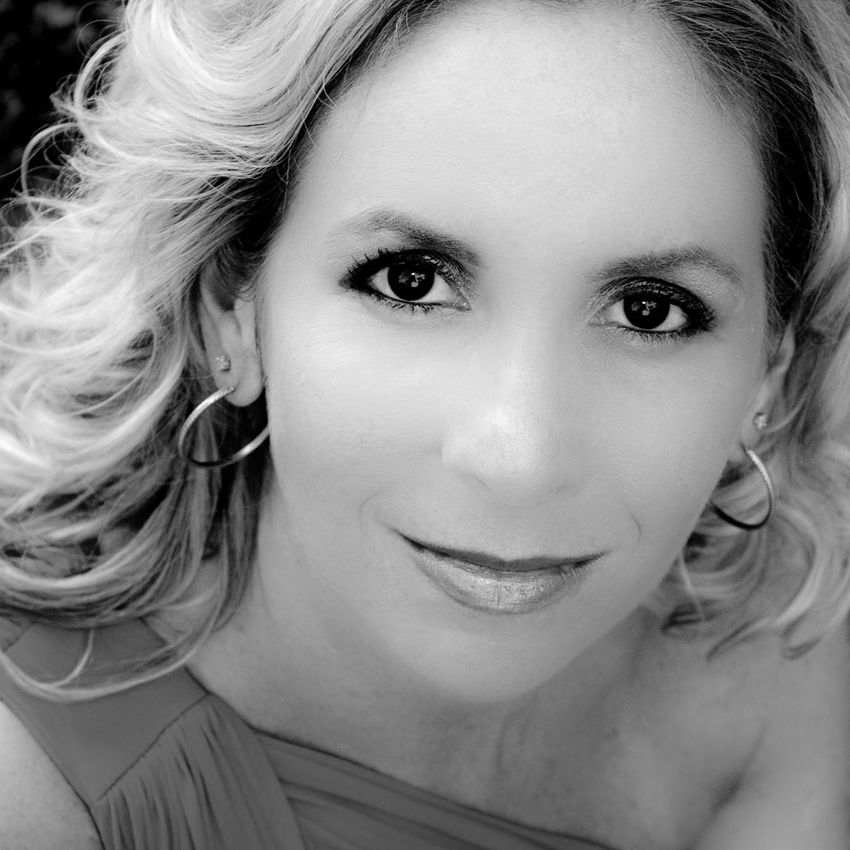 Melissa Attebury,  mezzo-soprano