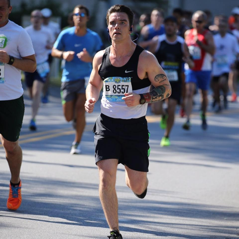 Jeff overcoming injury to CRUSH his 1st Marathon in 3hrs 30mins