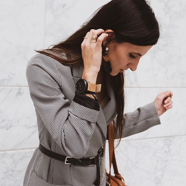 Anyone else really wishing they had that extra hour this morning? #springforward #daylightsavings // Also- Thanks to @brig for sending this killer watch. #brig #gifted #watches #timepiece #slidebelts
